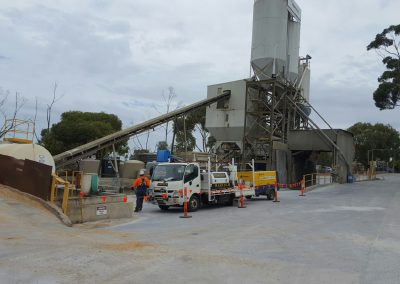 Haretch workers on site in country South Australia undertaking steel fabrication and applying industrial coatings